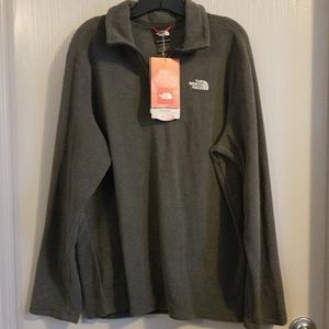 HELP RESCUE DOG/CANCER♡NWT NorthFace pullover